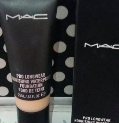 Base Pro Longwear Nourishing Waterproof fondation da Mac -a minha base preferida