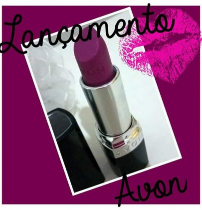 Resenha do batom Ultramatte Avon.