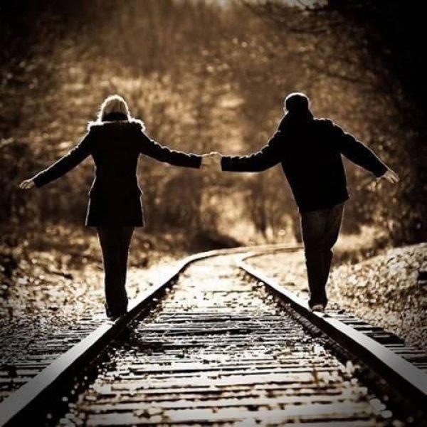 Procura-se alguém para amar .