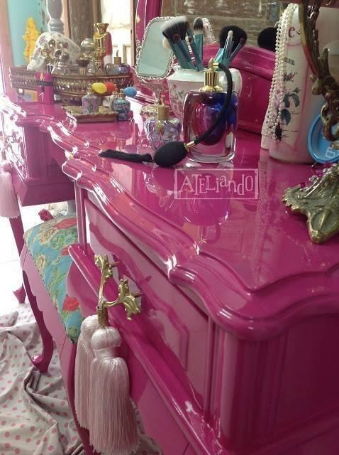 Penteadeira antiga provençal Rosa Chiclete ou pink do Ateliando no Tempo (11) copy
