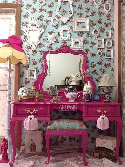 Provencal old dresser Pink Bubblegum pink or the Ateliando in Time (6) copy