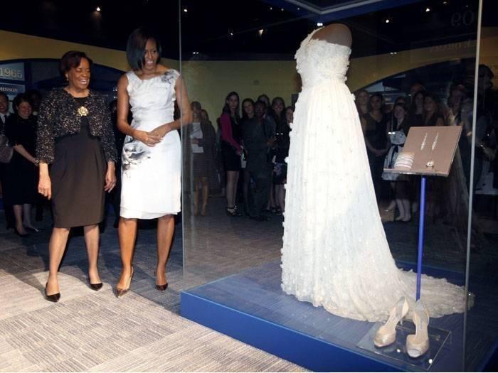 vestido-obama-museu-g-20100309