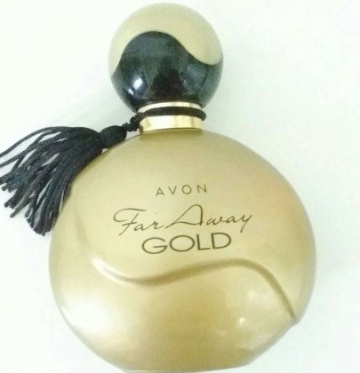 Parfuum Review Far Away Avon goud.