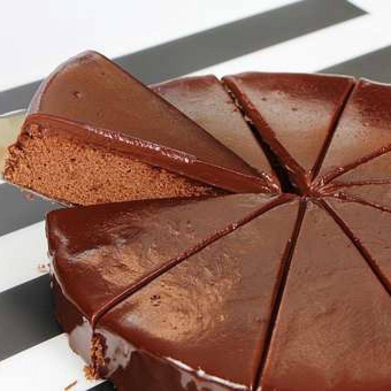 Receita de bolo de chocolate fácil de fazer.