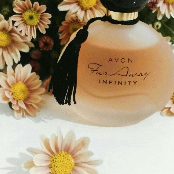 Resenha do perfume Far Away Infinity Avon.