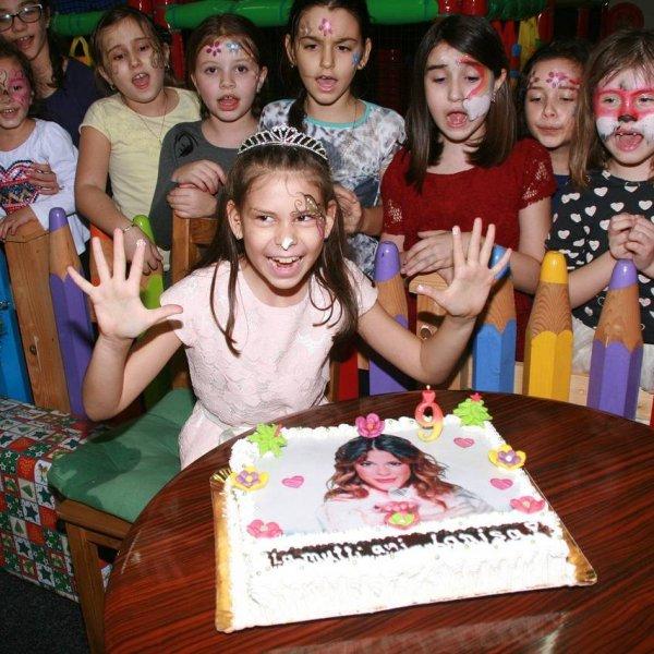 Festa na minha época de criança & boas recordações.