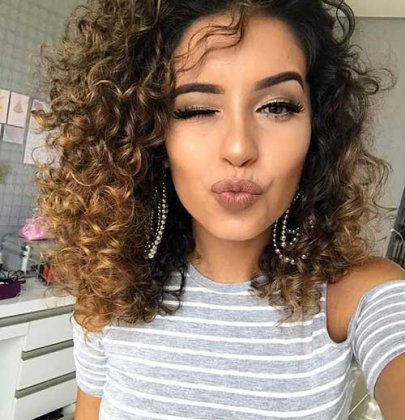 Curly hair: five cuts for you to love.