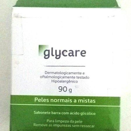 Testei o sabonete para pele mista Glycare.