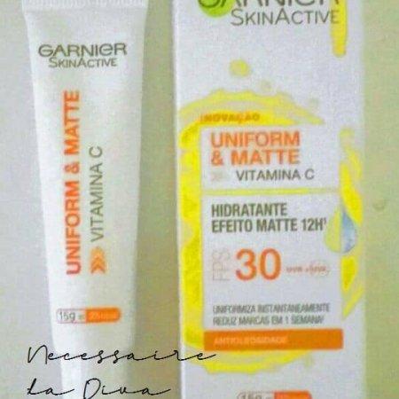 Uniform & Matte: o hidratante facial da Garnier Skinactive para pele oleosa.